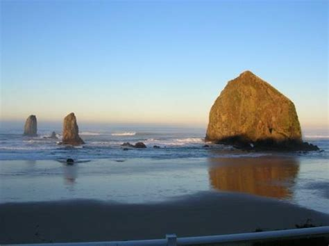 image of cannon beach surf cannon beach