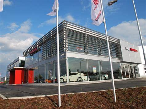 Building Styles Car Showroom Jan šmucler S R O Daněk Design