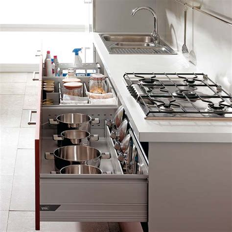 picture of cooktop kitchen drawers