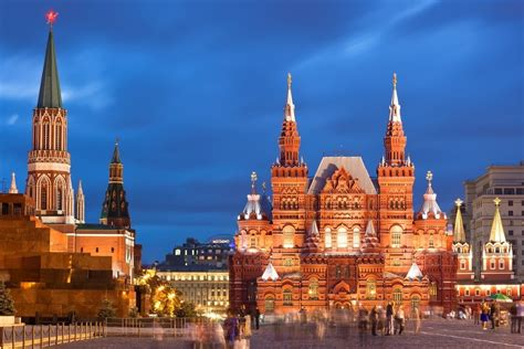 moscow to st petersburg essential moscow st petersburg tour with regent holidays