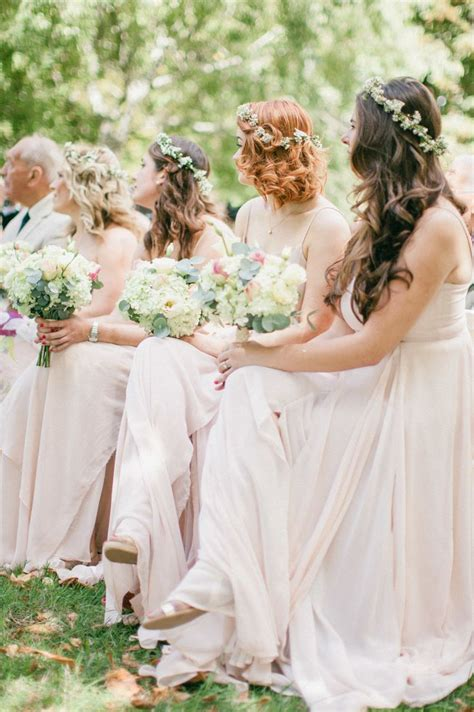 Wedding Hair Wearing It by Awesome Wedding Hair Tips For Wearing Flower Crowns