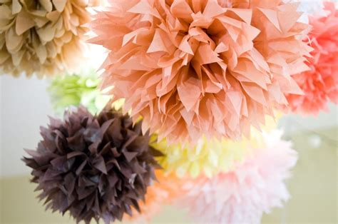 doing it in style diy tissue paper pom pom decorations