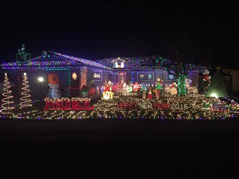 delightful christmas lights in the sacramento area