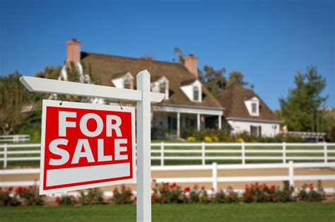 how to set the price point for selling a home