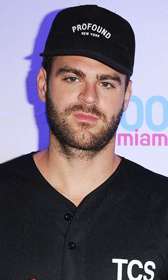 biography of the chainsmokers alex pall celebrity profile hollywood life