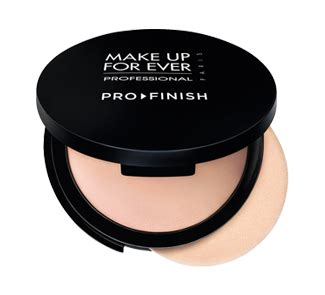 Makeup Forever Pro Finish tips tricks pack like a pro for a weekend getaway call it