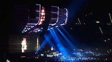 ed sheeran zurich dive ed sheeran divide world tour live in zurich 19