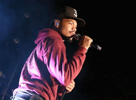 coloring book chance the rapper apple chance the rapper says apple paid him 500 000 for