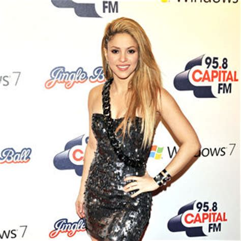 Shakira To Wed In September pop shakira to wed in september