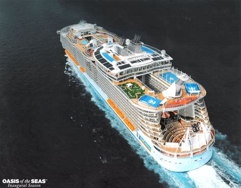 best celebration cruise line cruises 2015 reviews and photos 2967x2321px 971727 oasis of the seas 1235 79 kb 31 08