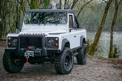 land rover defender 2020 100 land rover 110 new land rover defender coming