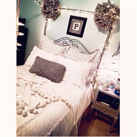 hton swirly paisley bedroom pbteen pretty pink boudior pinte favorite reader rooms pbteen blog