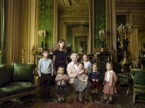 queen elizabeth 2 queen s 90th birthday annie leibovitz returns to take