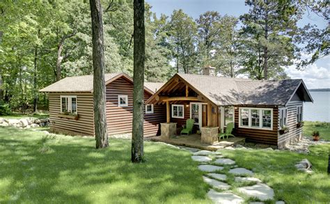 small lake cabin plans Exterior Rustic with covered porch log cabin beeyoutifullife.com