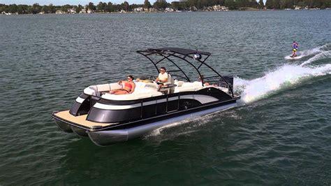 proline inboard boats mercruiser inboard outboard stern drive pontoon boats 2575