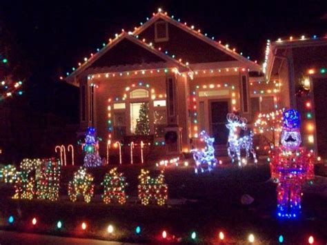 where to see holiday lights near weston redding and