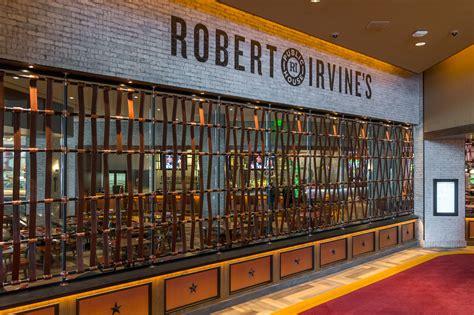 public house las vegas at last robert irvine has a las vegas restaurant eater vegas