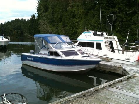 best fishing boat with cuddy cabin 1990 22 5 ft princecraft corsica aluminum fishing boat w
