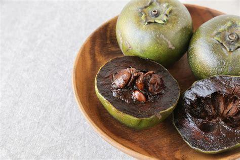 imagenes zapote negro zapote negro una fruta tropical que parece chocolate