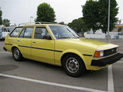 yellow toyota corolla 1982 toyota banana yellow corolla station wagon 5speed