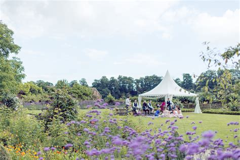 A Walled Garden At Cowdray Wedding Lawes Photography Walled Garden At Cowdray