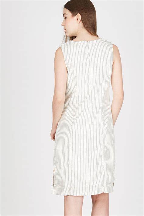Produk Baru Casual Dress Kerisa Maxy Denim Resleting Depan Irene Gamis sell helen white stripe dress casual berrybenka