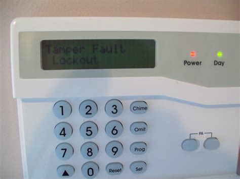 i am trying to wire up a honeywell accenta gen4 mini with