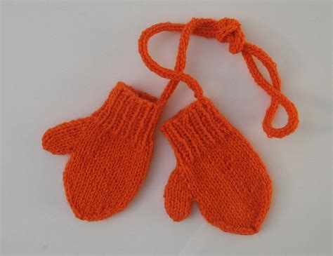 easy toddler mitten knitting pattern toddler mittens on a string knit for baby