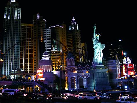 New York Search Elcivics New York City And Statue Of Liberty Models Picture