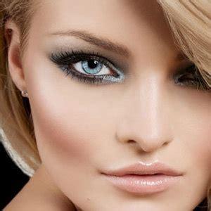 Eyeshadow Yang Cocok Untuk Baju Biru macam cara cara memakai model eye shadow bimbingan