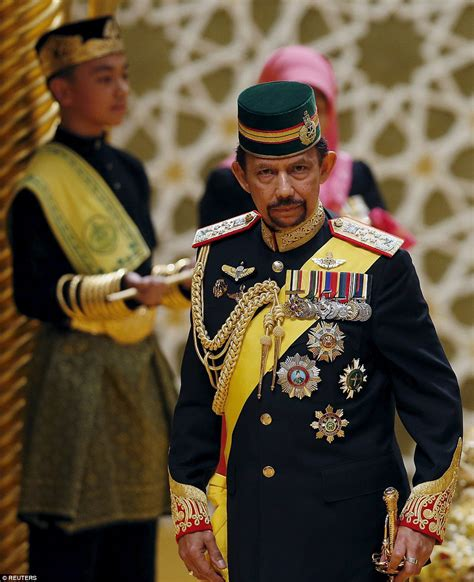 sultan hassanal bolkiah son sultan of brunei s son prince abdul malik gets married in