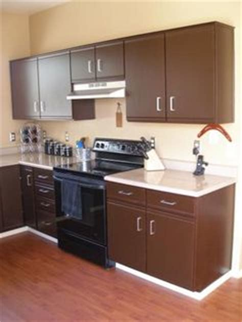 Putting Up Kitchen Cabinets by Thousands Of Ideas About Redo Laminate Cabinets On
