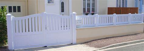 Portail Pvc 694 portail et cloture pvc portillon jardin sfrcegetel