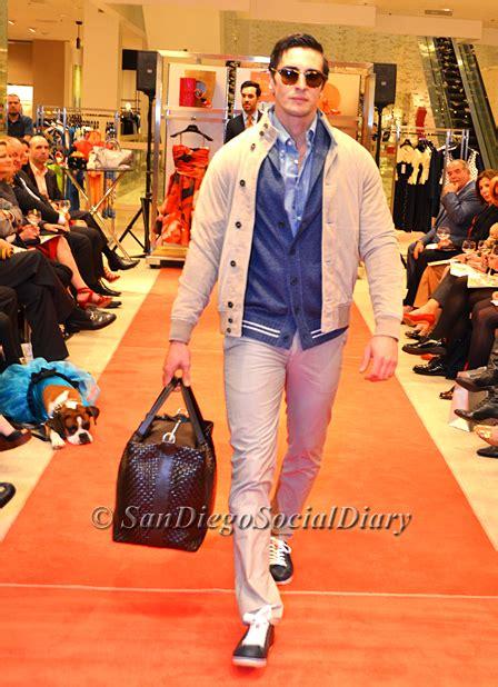 S Cp Batik Prada Tosca Navy san diego social diary s dinner and fashion show