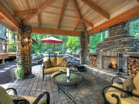outdoor living spaces ideas for outdoor rooms hgtv hgtv decorating outdoor rooms landscaping ideas kitchen