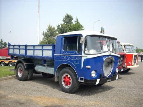 camini d epoca foto camion d epoca in passerella 1 di 4 genova