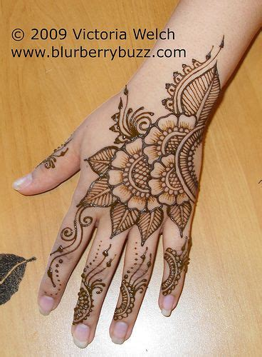 religious henna tattoo designs 25 best ideas about henna tattoos on