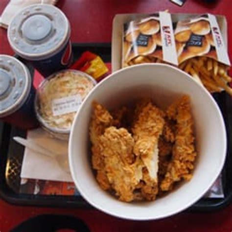 zoologischer garten chicken kfc 32 photos 31 reviews fast food tauentzienstr