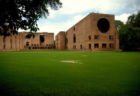 Iim Delhi Mba by Bt Mdra Rank India S Best B Schools For 2014 Business News