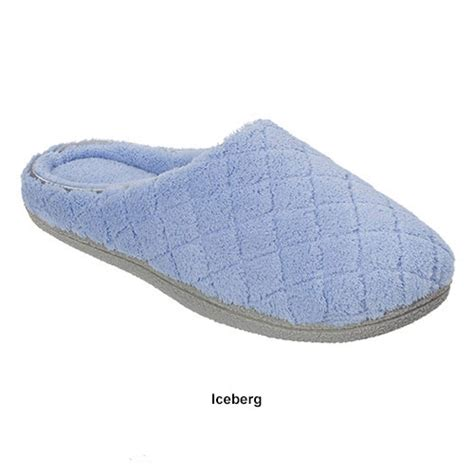 dearfoams slipper dearfoams quilted clog slippers boscov s