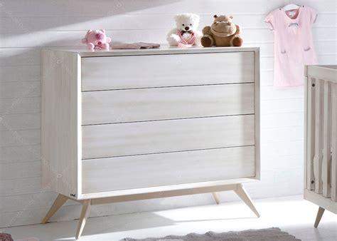 Lit Bebe Et Commode by Chambre De B 233 B 233 Chambre D Enfant Design Scandinave Chez