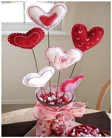 ideas de manualidades y centros de mesa con gomitas dulces cositasconmesh 1000 images about valentin day s on mesas ideas para and ideas san valentin