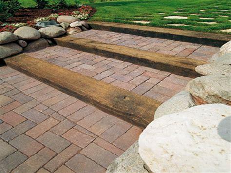 pavimento giardino economico pavimento da esterno economico pavimento in resina