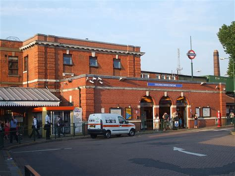 green station golders green tube station wikipedia