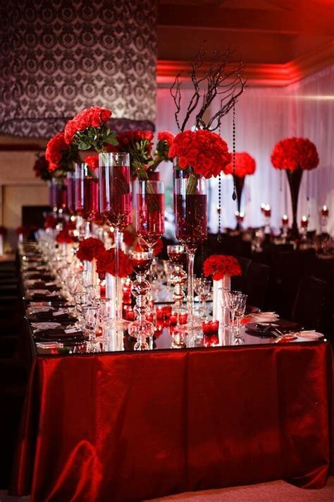 30 best Red and Black Table Decor images on Pinterest