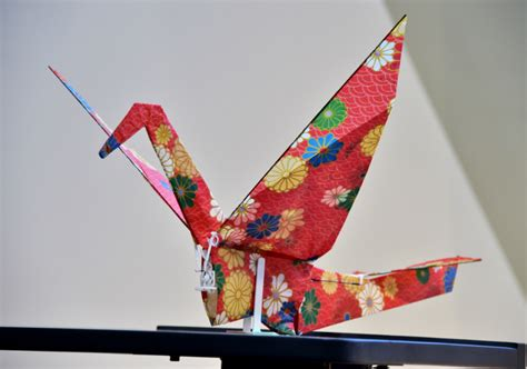 Flying Origami Crane - this flying origami crane proves drones can be beautiful