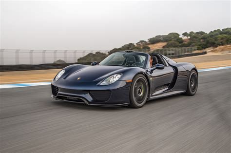 new porsche 918 2015 porsche 918 reviews and rating motor trend