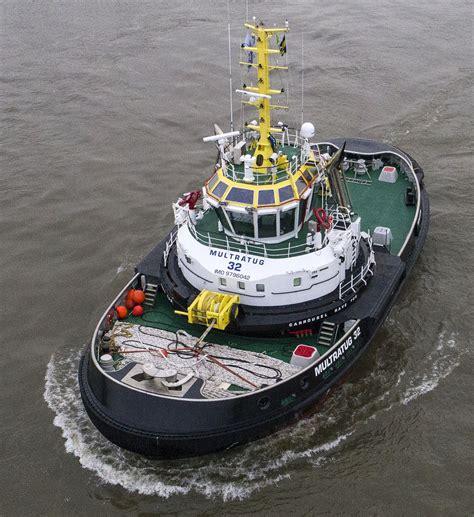 tugboat girting a tug like no other