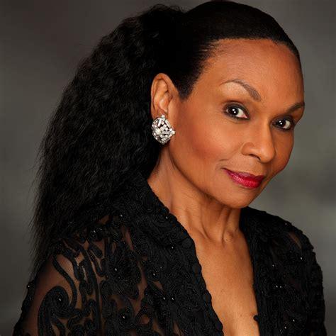 eve polycarpou actress vivian reed vivianreed twitter