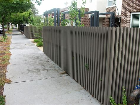 contemporary fence bing images http www pinterest com avivbeber3 contemporary fences